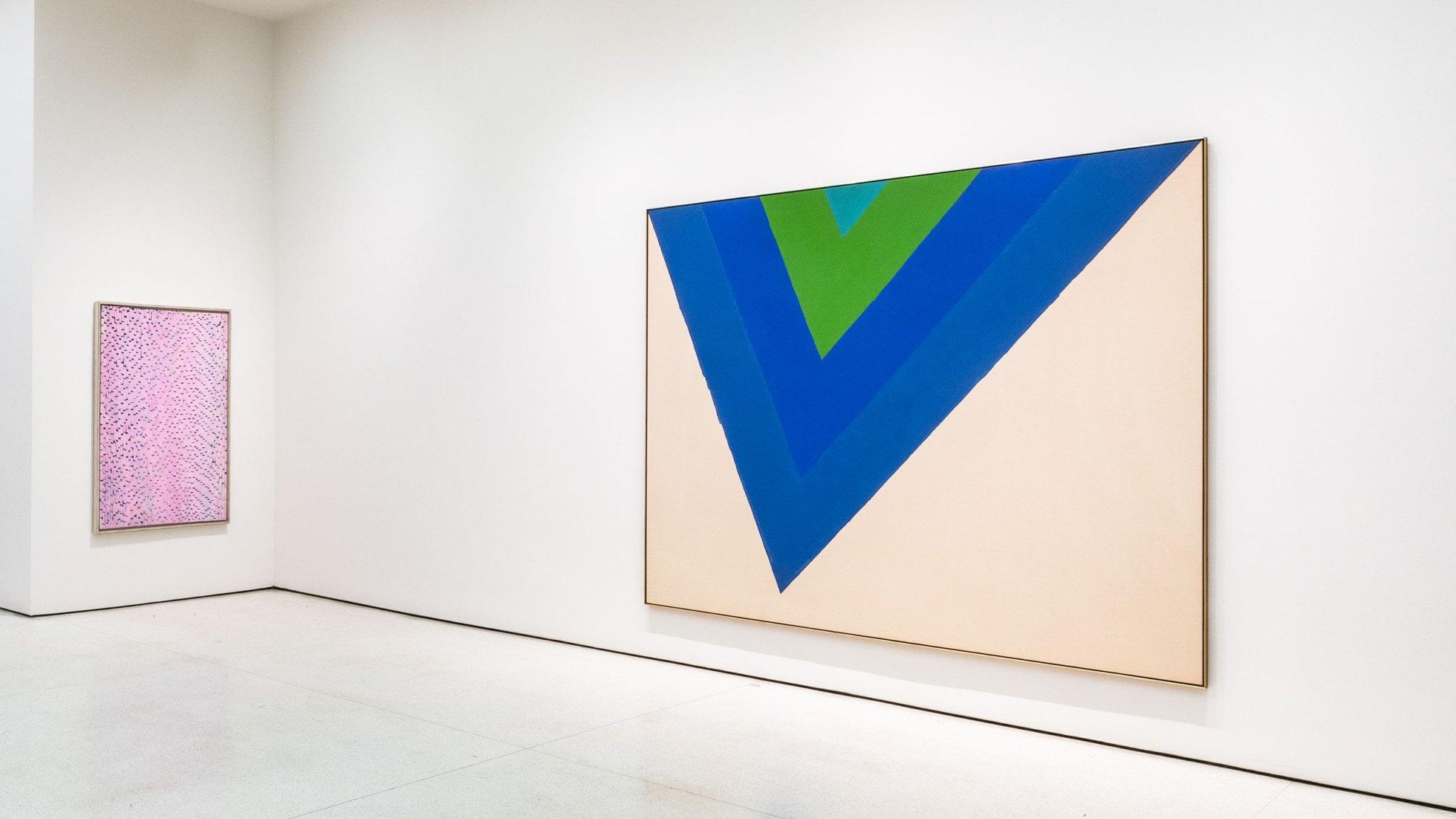 Installation view, The Fullness of Color: 1960s Painting, Solomon R. Guggenheim Museum, New York, December 18, 2019–August 2020. Photo: David Heald